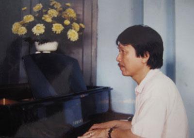"""""""Điều giản dị"""" là ca khúc Phú Quang viết tặng... Lê Khanh"""