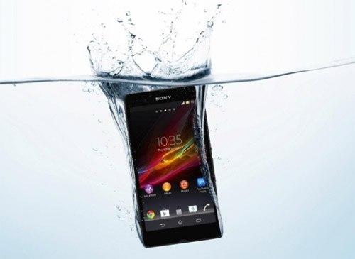 Thị trường smartphone 2012: Những bại binh phục hận 1