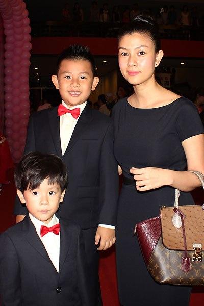 Kim Thư ra mắt phim thay chồng bị đột quỵ