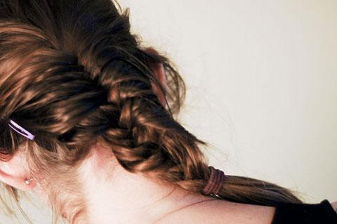 6 bước tết tóc đuôi cá dễ thương kiểu Pháp 6