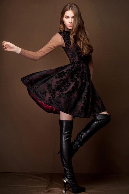 Xinh đẹp bất ngờ với váy xòe cổ điển 13