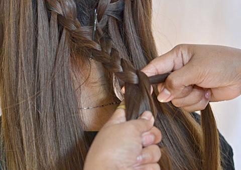 10 bước đơn giản bện tóc đài các 11