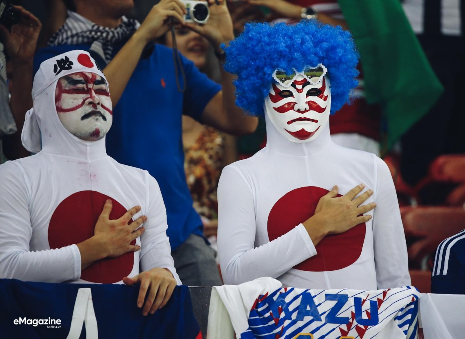 japansamuraiguyscraziestfansat2014fifaworldcup15290141577511250082283a3c9cdc21fcp.jpg