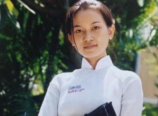 Không thể nhận ra Sao Việt thuở cắp sách đến trường