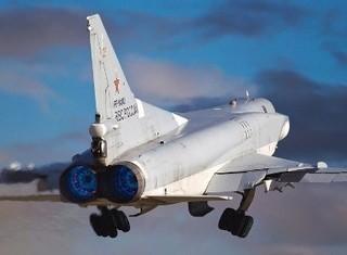 Mỹ được lợi gì khi trừng phạt ngành công nghiệp quốc phòng Nga?