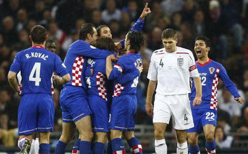 Croatia từng bắn rụng