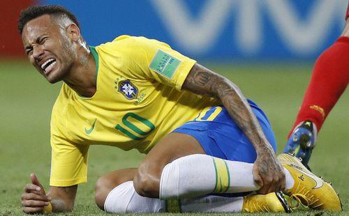 """Thừa nhận bản thân """"thỉnh thoảng"""" ăn vạ, Neymar hứa sẽ thay đổi thành một con người khác"""