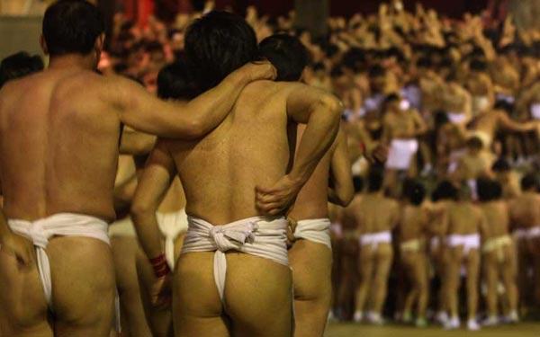 """Cận cảnh lễ hội """"khỏa thân"""" ở Nhật Bản 5"""
