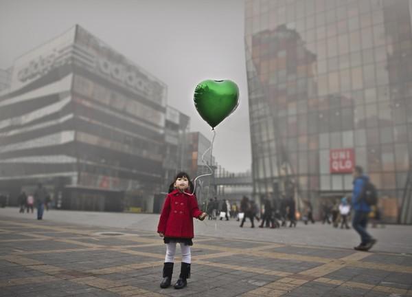 Hình Ảnh Đẹp Trong Cơn Khủng Hoảng Môi Trường Không Khí Ở Bắc Kinh 1