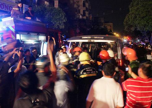 3 người chết cháy trong căn nhà lầu tại Sài Gòn 3