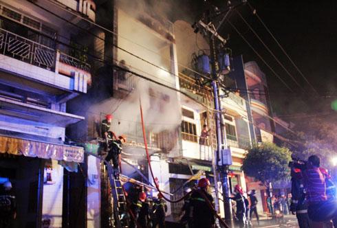 3 người chết cháy trong căn nhà lầu tại Sài Gòn 1
