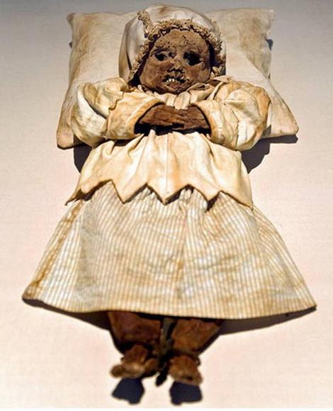 Những xác ướp trẻ em lạ lùng nhất thế giới 9