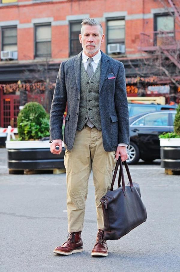 Bí quyết phối đồ với 6 kiểu túi quen thuộc cho nam giới - 17