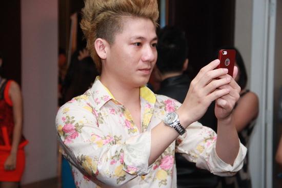 """Khanh Chi Lâm công khai người yêu và nhẫn đính hôn """"khủng"""" 8"""