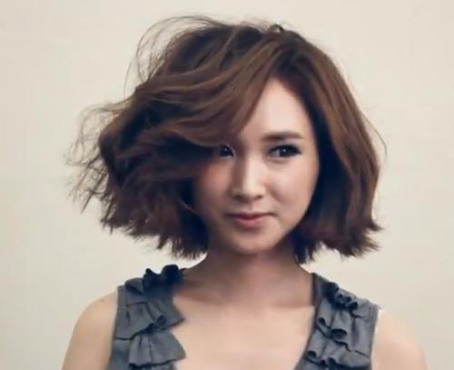 Tự làm tóc xoăn bồng bềnh cho 3 độ dài tóc phổ biến 2