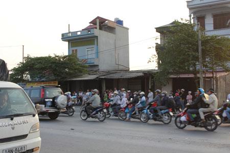 Hà Nội: Tai nạn tàu hỏa, một phụ nữ trẻ chết thảm 2