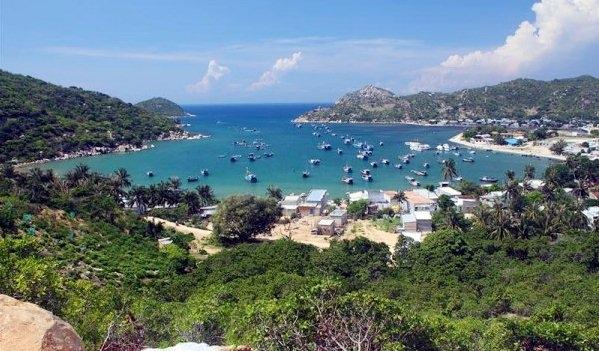 Vinh Hy Bay (Ninh Thuan)