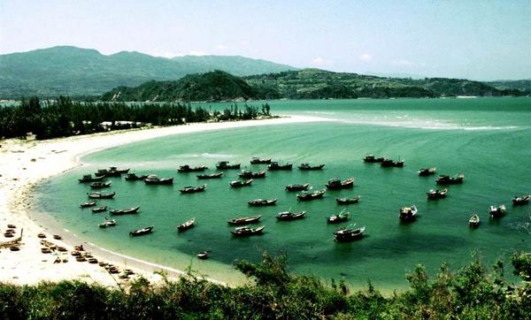 Xuan Dai Bay (Phu Yen)