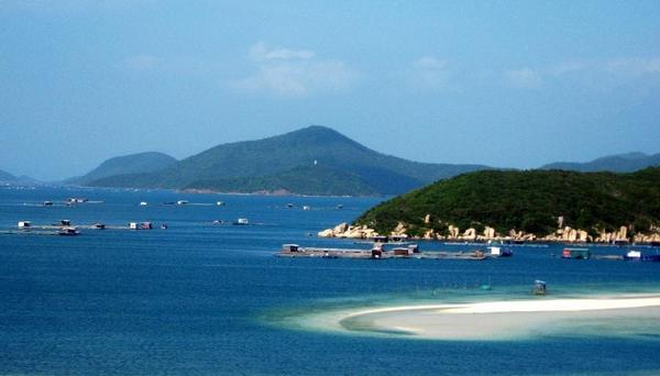 Van Phong bay (Khanh Hoa)