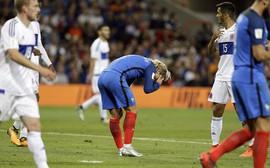 Đội hình hơn 400 triệu bảng của Pháp bất lực trước