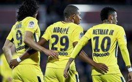 Tam tấu Cavani - Neymar - Mbappe giúp PSG lập thành tích chưa từng có trong lịch sử đội bóng