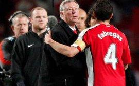 Sau 13 năm, Fabregas chính thức thừa nhận ném bánh pizza vào mặt Sir Alex