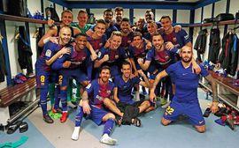 5 phát hiện thú vị từ bức ảnh cầu thủ Barca ăn mừng chọc tức Ronaldo