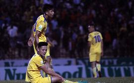 Phan Văn Đức U23 ghi bàn, SLNA đánh bại đội bóng của HLV Miura