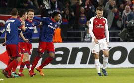 Sau 18 năm, Arsenal lần đầu tiên giành vé vào bán kết Europa League