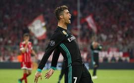Cộng đồng mạng cười nhạo Ronaldo vì màn trình diễn thảm họa