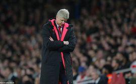 Arsenal đánh rơi chiến thắng dù thi đấu hơn người trước Atletico