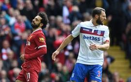 Salah bỏ lỡ cơ hội vàng, Liverpool bất lực trước Stoke
