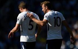 Tottenham thua sốc đội bét bảng, có nguy cơ bật bãi Top 4