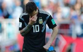 """""""Messi đau khổ và khóc nhiều vì giấc mơ vô địch Word Cup"""""""