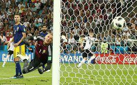 Đức thắng nhờ có Chúa, thánh thần và Toni Kroos!