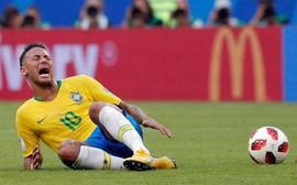 """Ronaldo """"béo"""" lên tiếng về những hành động ăn vạ của Neymar"""