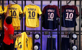 Chưa đầy 1 ngày, PSG đã thu lợi không tưởng nhờ bán áo đấu Neymar
