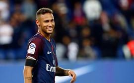 Hồ sơ chuyển nhượng 25/8: Tiêu hơn nửa số tiền Neymar, Barca có được người thay thế