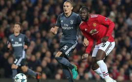 Lộ diện 2 kẻ đầu tiên giành vé vào vòng knock-out Champions League, không có Man United