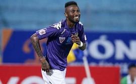 CLB Hà Nội nói gì về chuyện ĐKVĐ Thai League chiêu mộ Samson và