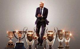 Kinh điển Real - Barca: Real thành công nhờ... cầu thủ Zidane, không phải HLV Zidane