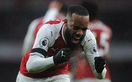 Gạch tên Sanchez, Arsenal vẫn
