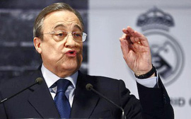 Florentino Perez đôi khi cũng giống những gã khờ