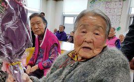 Người mẹ 96 tuổi của HLV Park Hang Seo và ước muốn thật giản đơn!