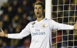 Ronaldo chỉ đích danh 6 cái tên rời Real trong hè 2018