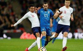 Jesse Lingard liên tục tỏa sáng, cả Mourinho lẫn Southgate đều hưởng lợi