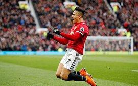 Thắng bùng nổ, song Mourinho vẫn khiến người hâm mộ Man United phải băn khoăn
