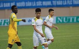 Đội trưởng Thanh Hóa yêu cầu đồng đội khóa chặt sao U23 Việt Nam