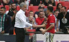 Mourinho gây ngạc nhiên với màn