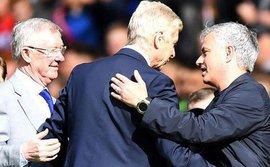 Mourinho: M.U đang thành công nhất thời hậu Ferguson